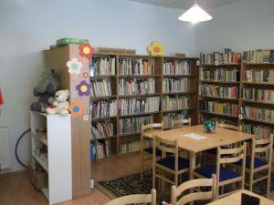 könyvtár, gyermekreszleg 2.