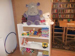 Gyermekkönyvtár, játéksarok